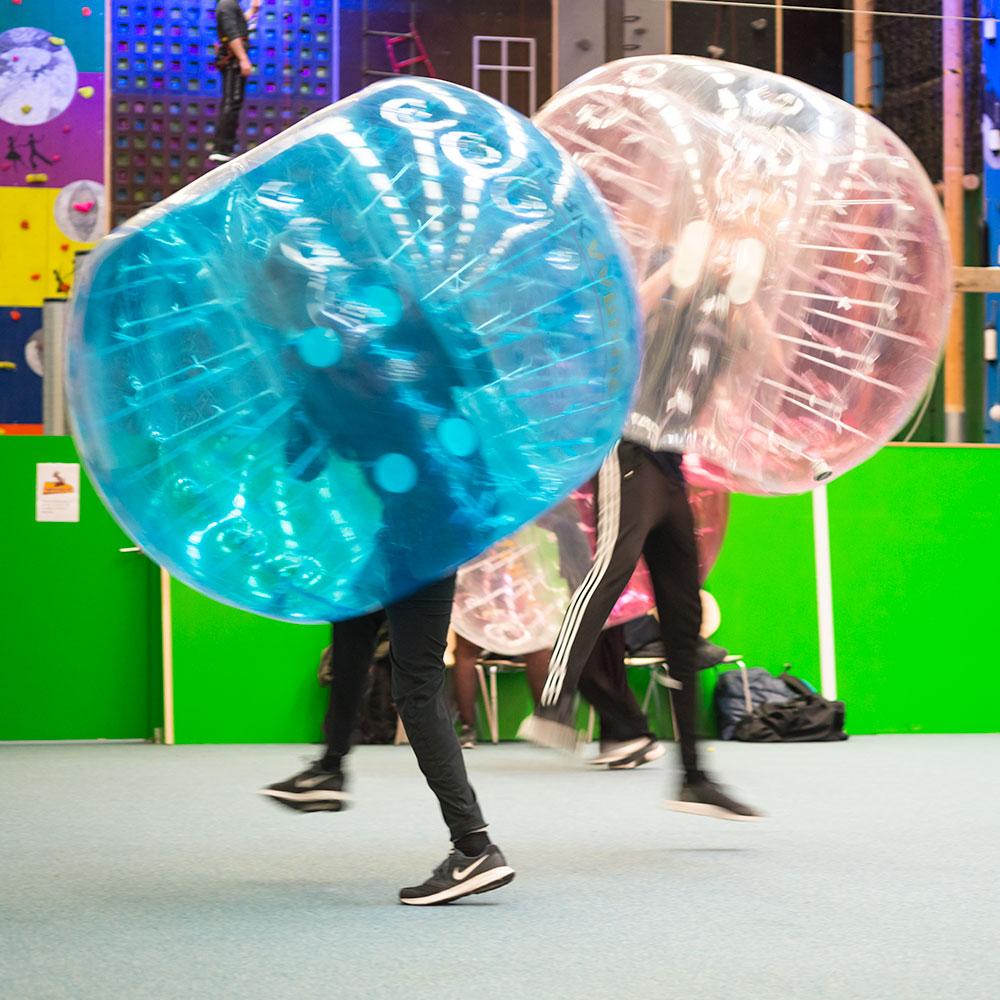 Blå Mandag med Bumberballs - Eventpark Aarhus